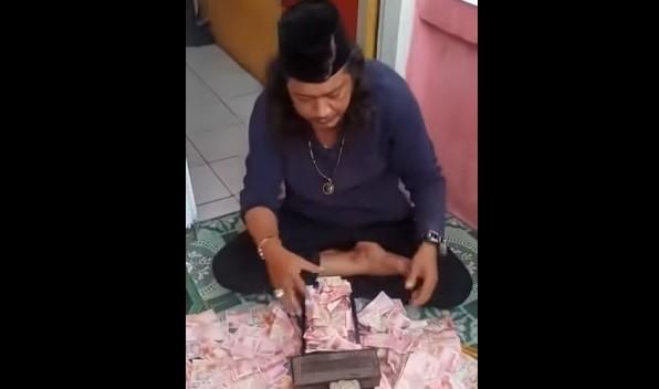 Ustaz Pengganda Uang di Bekasi Akhirnya Dibekuk Polisi-JaringPos