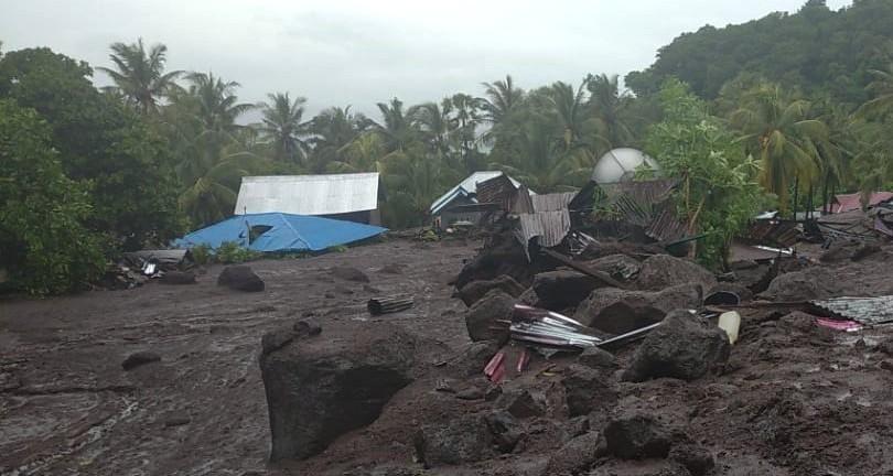 Banjir Bandang Flores Timur-JaringPos