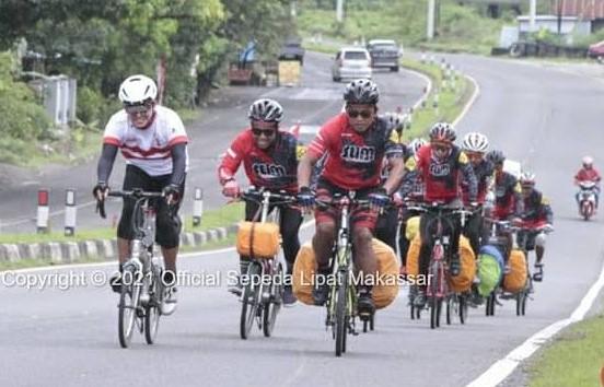 Komunitas Sepeda Lipat Makassar