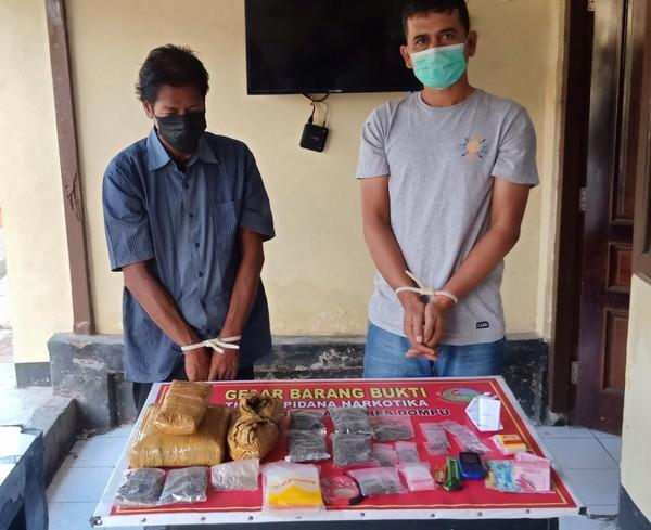 ustaz dan rekannya ditangkap diduga menjadi bandar ganja faruk ndetikcom-JaringPos