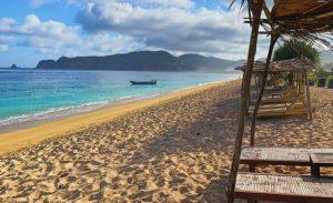 Wisata Pantai Tampah di Desa Mertak Sari, Kecamatan Praya Barat, Lombok Tengah.