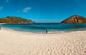 Pantai Mawun di Desa Tumpak, Kecamatan Pujut, Nusa Tenggara Barat